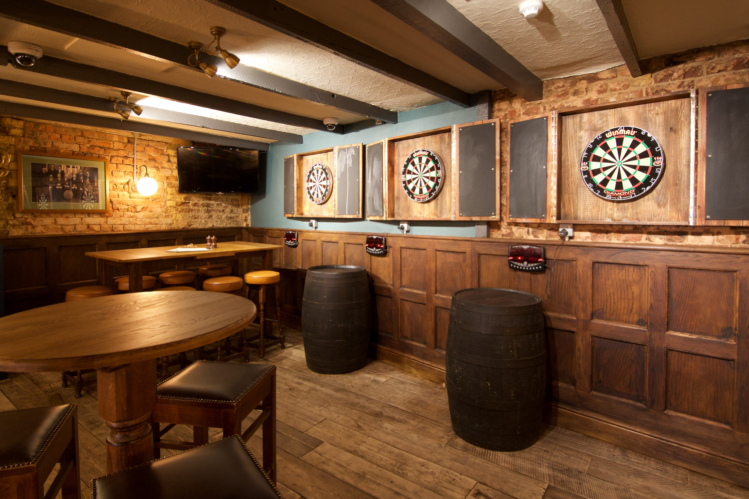 Williams ale and cider house darts